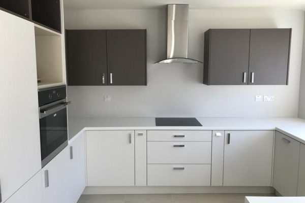 contract kitchens and wardrobes